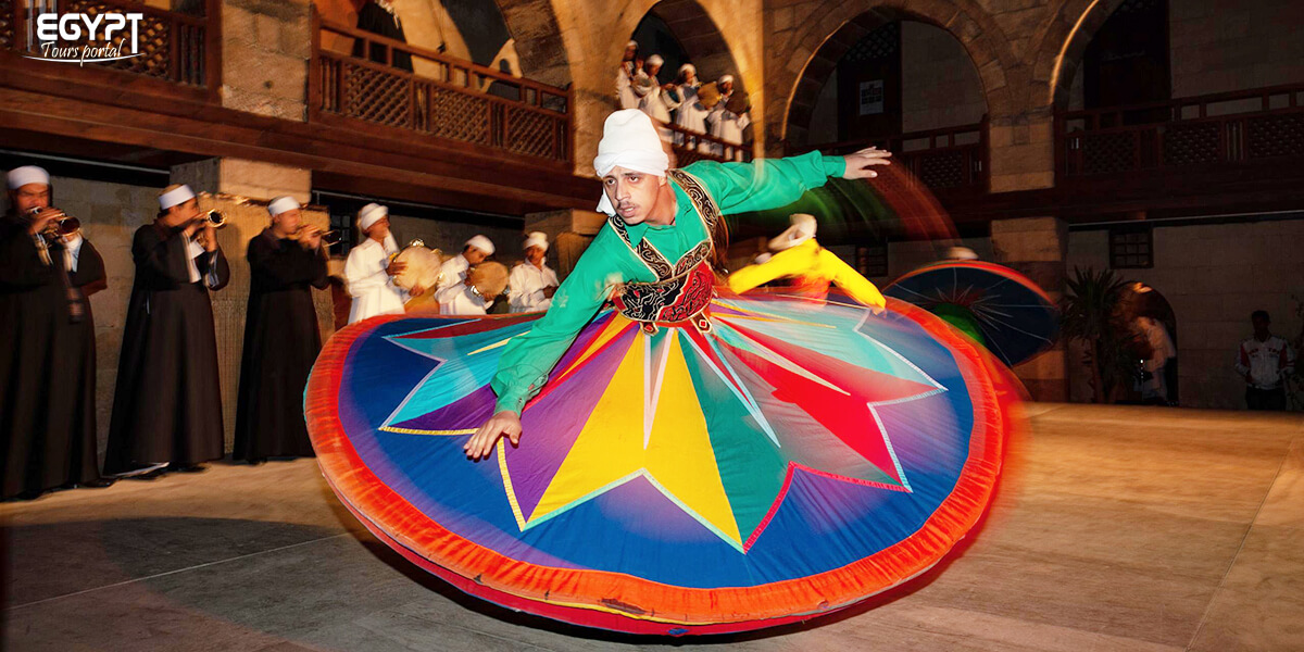 Watch Egyptian Tannoura - How to Spend a Night in Cairo - Egypt Tours Portal